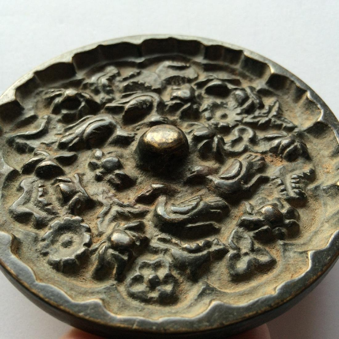 Antique Chinese Bronze Mirror Engraved with Birds - 4