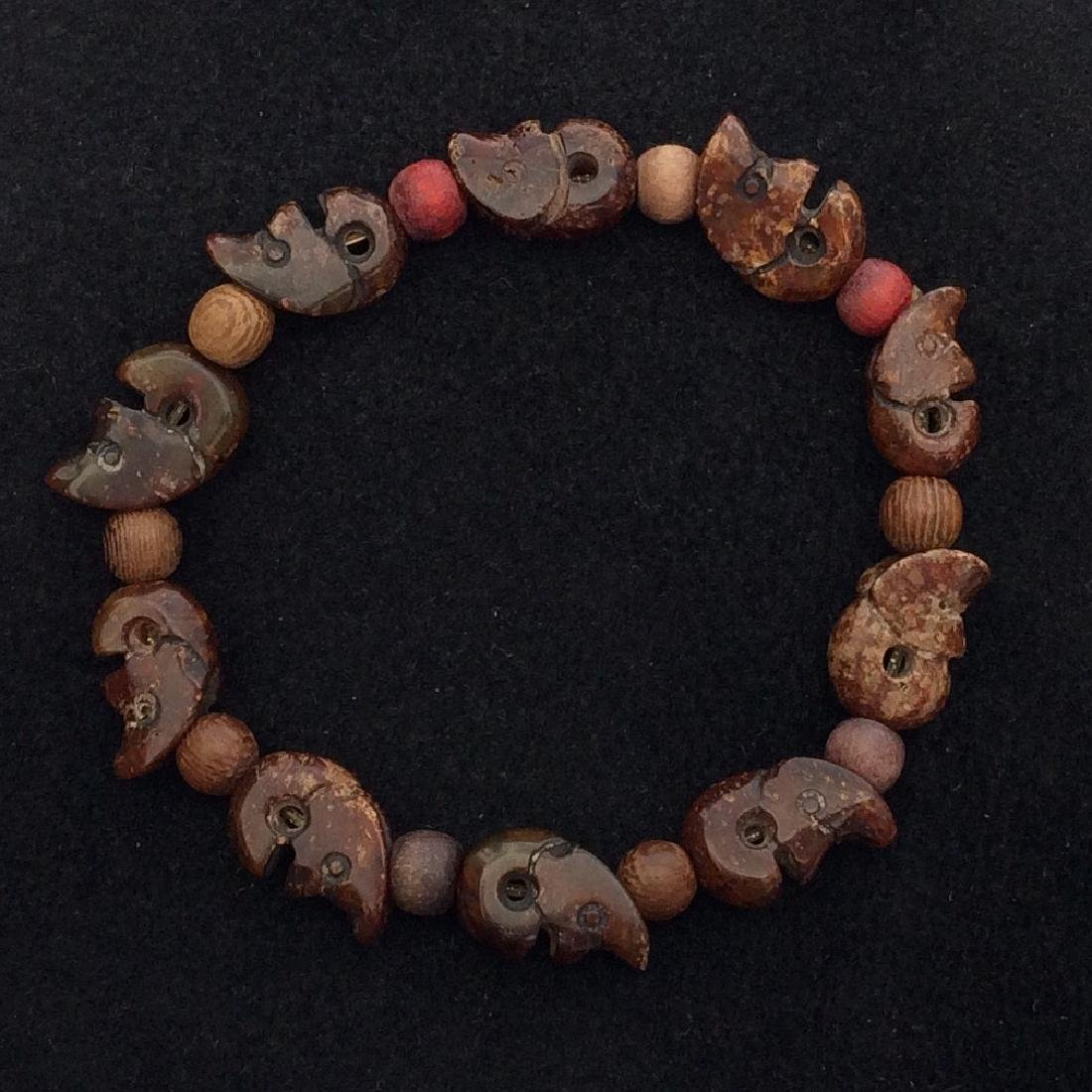 Chinese Old Style Jade Skull Bead Bracelet