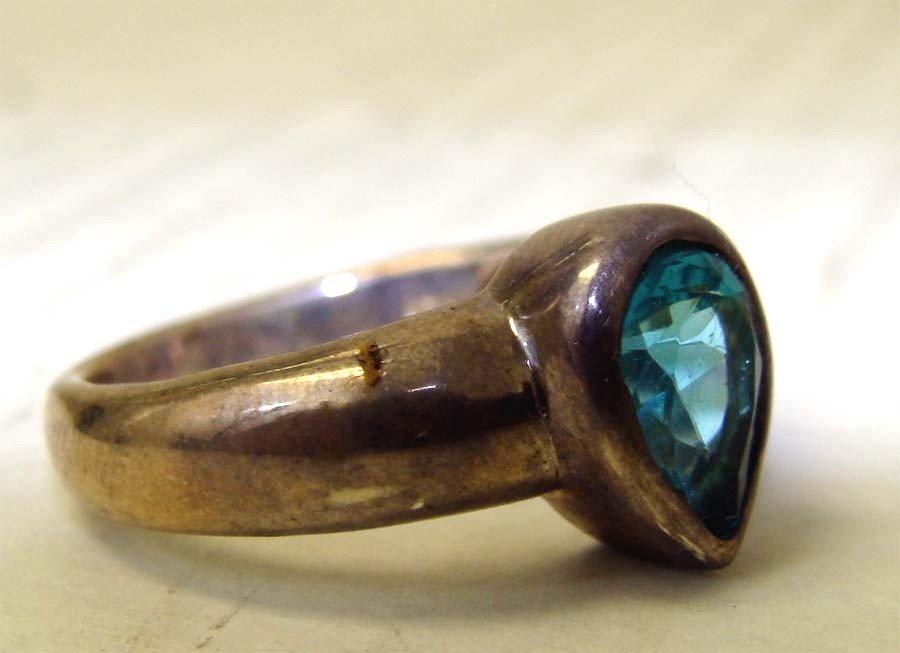 Sterling Silver .925 Ring w Aqua Blue Stone