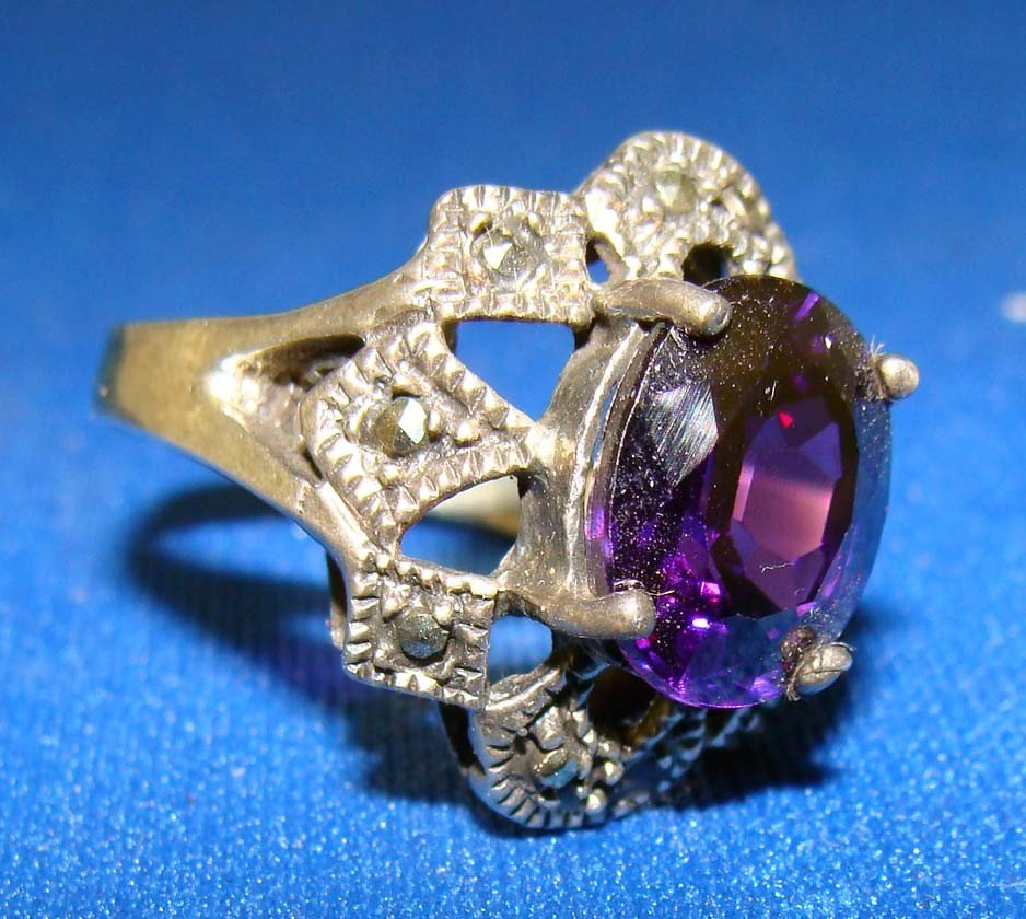 Marquesite Ring Silver .925 With Large Purple Amethyst