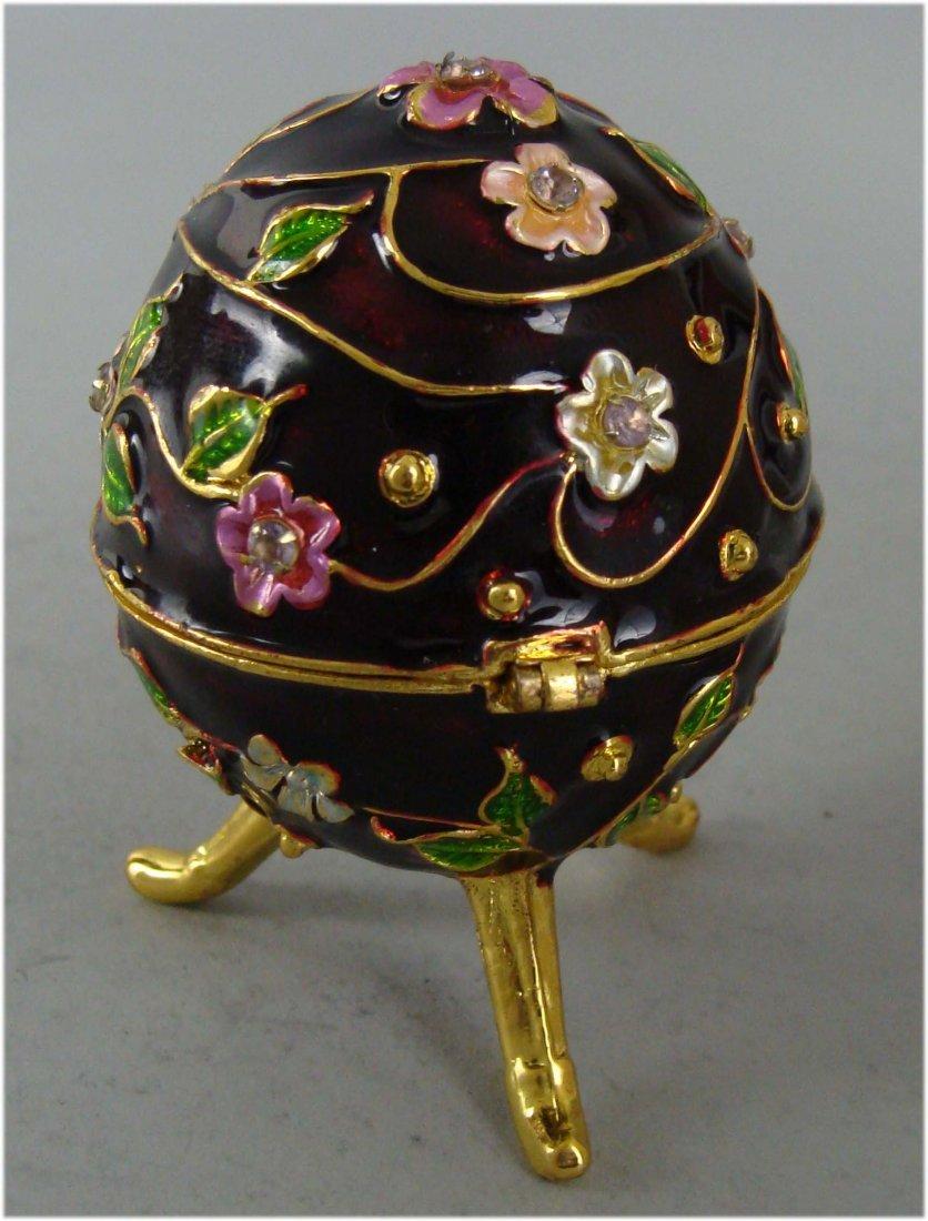 Beautifully Decorated Silver Jewelry Box