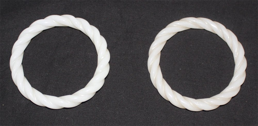 Qing dynasty Pair of chinese carving white jade bracele