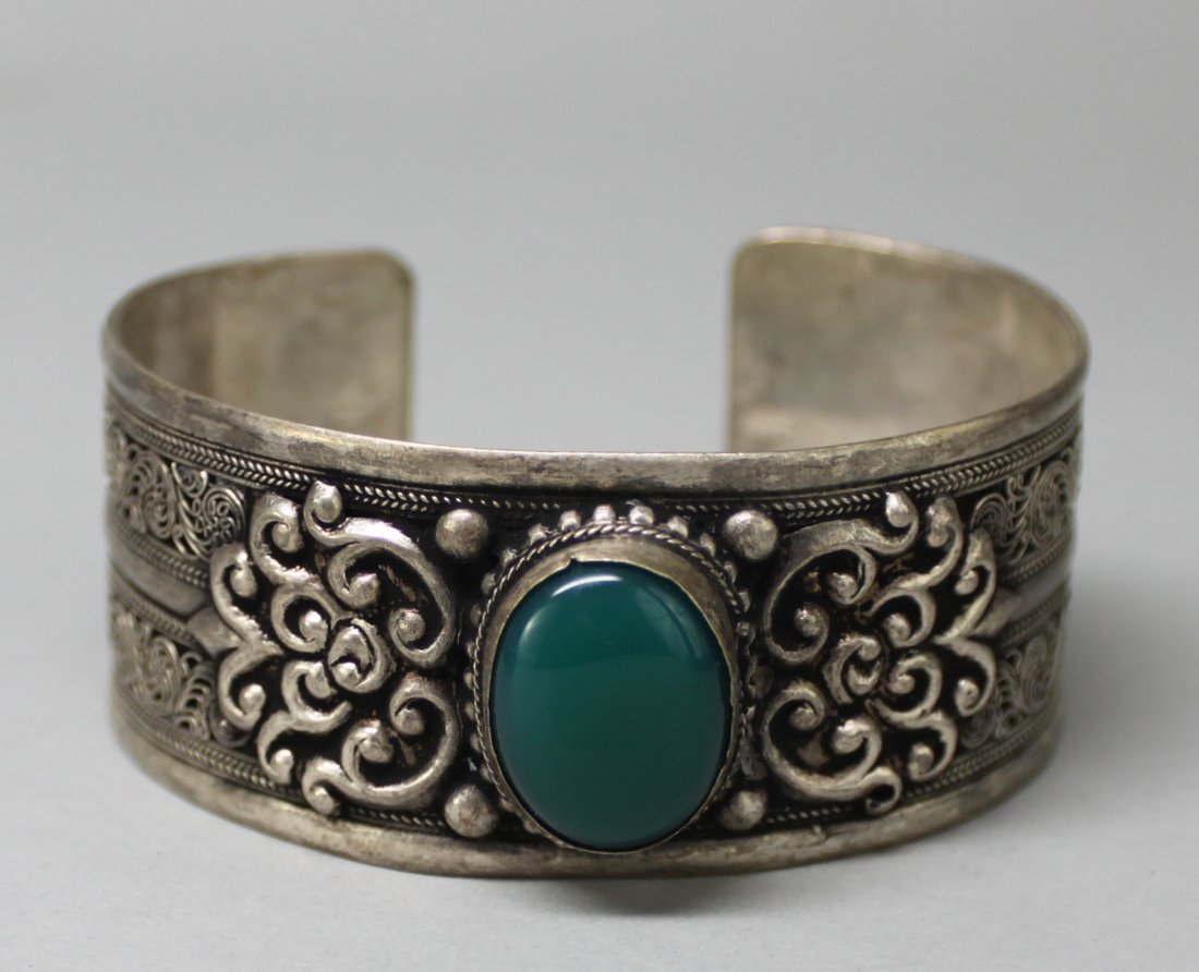 Tibetan Nickel Silver Bangle Bracelet Green Cabachon