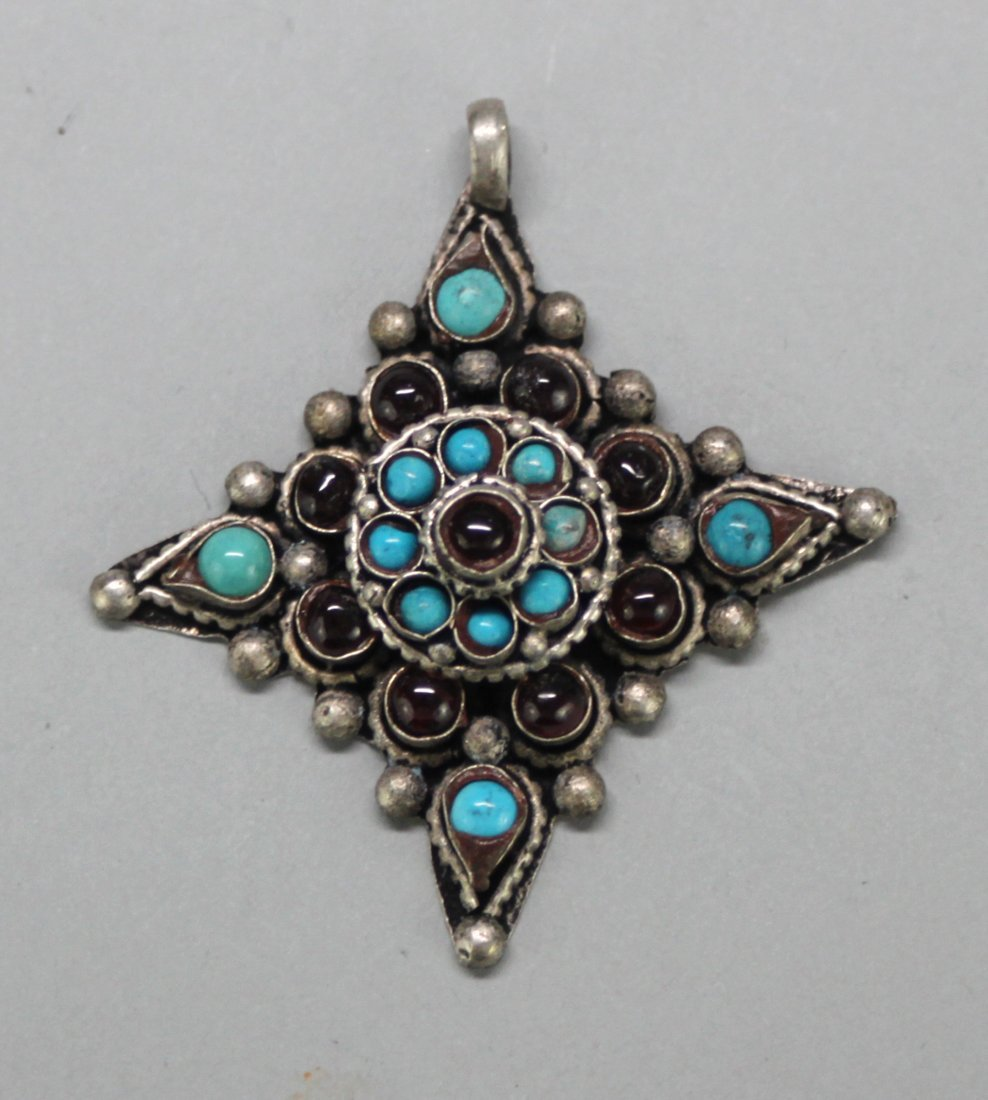 Nepal Turquoise Silver Pendant