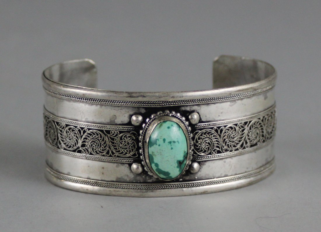 Tibetan Nickel Silver Bangle Bracelet Green Cabachon