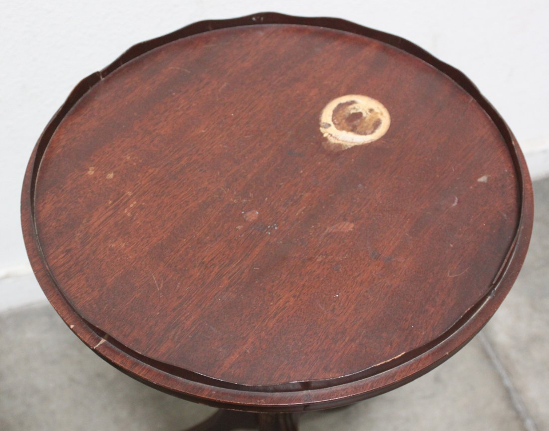 Antique Pair Round walnut table w spindle Sheraton legs - 3