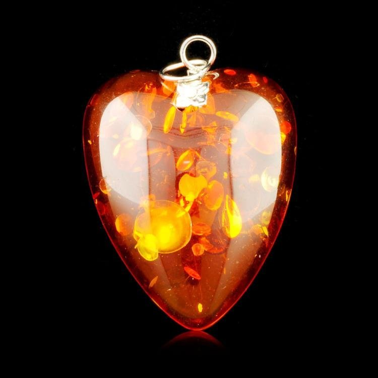 Chinese Natural Amber Heart Pendant