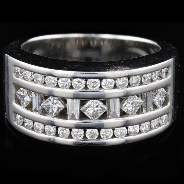14k White Gold 0.93CTW Diamond Ring