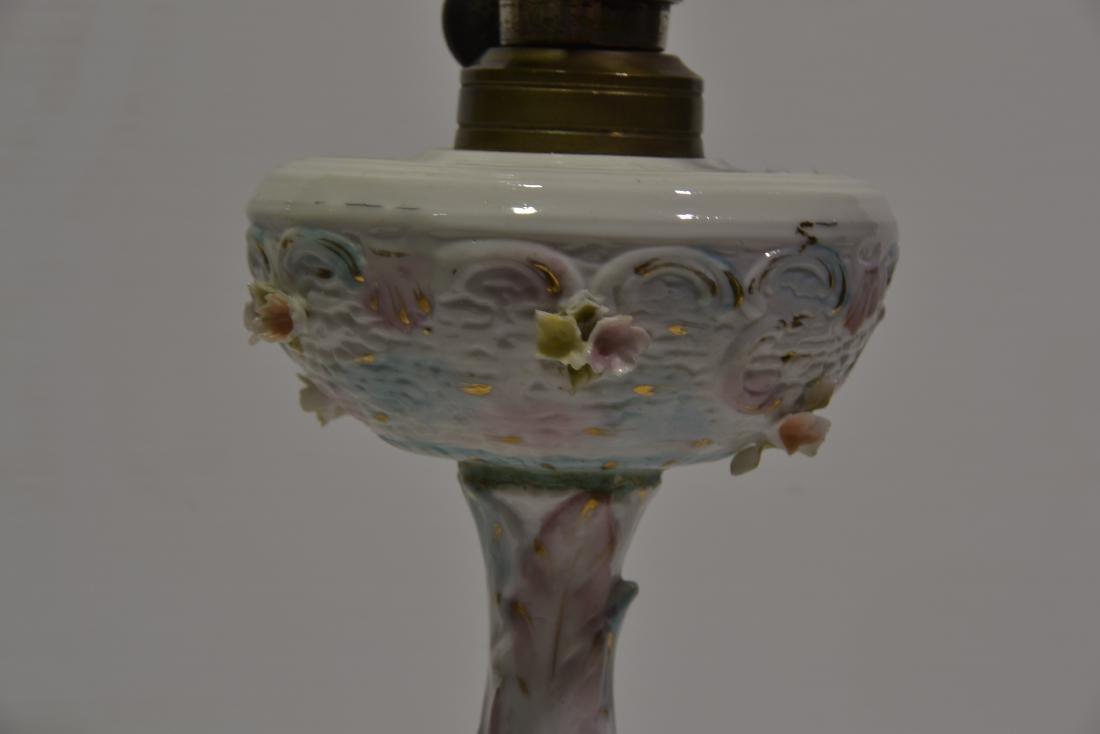 Meissen Boudoir Oil Lamp - 3