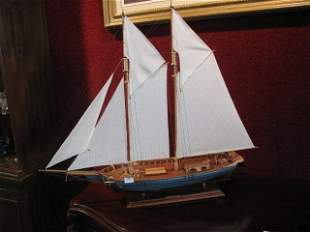 SCALE MODEL OF SAILING BOAT