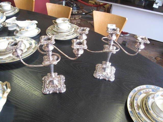 17: 2 chandeliers