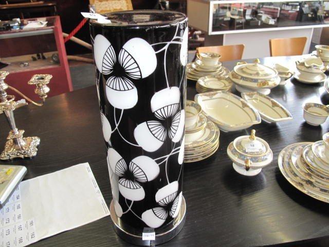 19: Oriental style lamp
