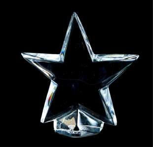 Baccarat Crystal Star Paperweight 4 inch