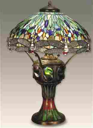10T: Fine Art Glass - Dragon Fly Table Lamp