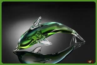 1S: ART GLASS GREEN DOLPHIN