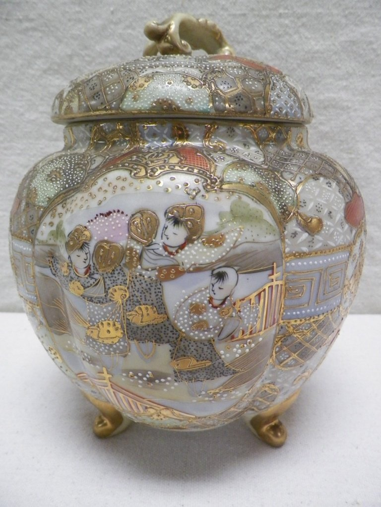 Nippon Royal Satsuma Covered Cookie Jar Footed Moriage
