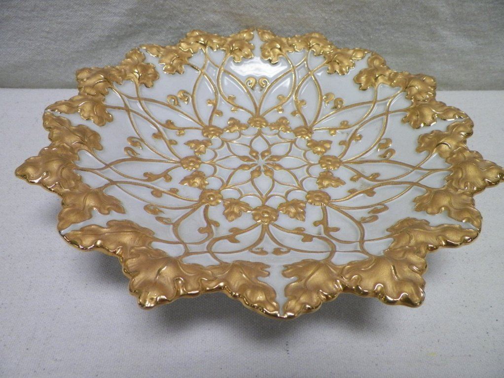 Meissen Grape Leaf Bowl w/Heavy Gold Decoration