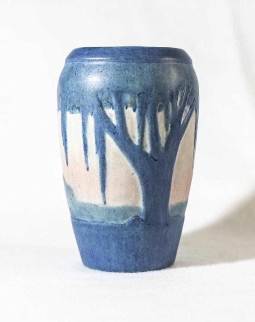 Sadie Irvine Newcomb Vase - 3
