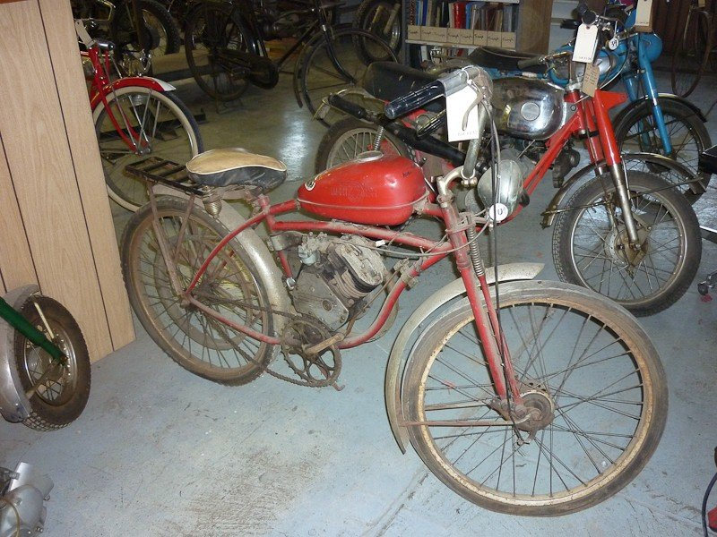 137: Schwinn Whizzer Motor Bike - 5
