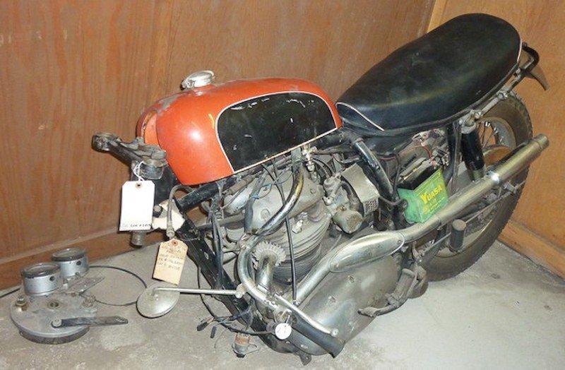 165: 1965 BSA Spitfire / Hornet Motorcycle