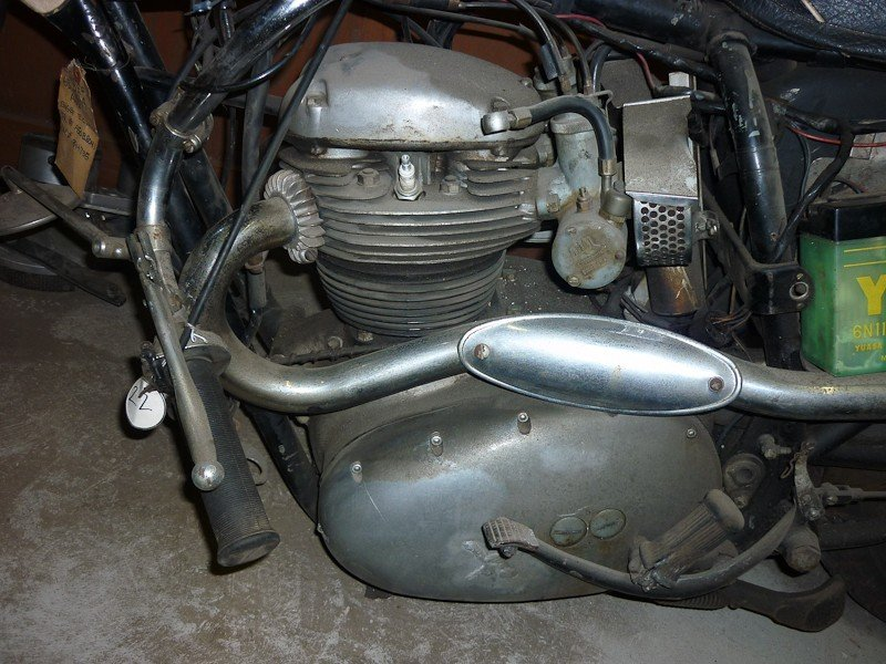 165: 1965 BSA Spitfire / Hornet Motorcycle - 3