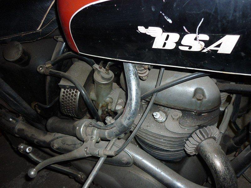 165: 1965 BSA Spitfire / Hornet Motorcycle - 4