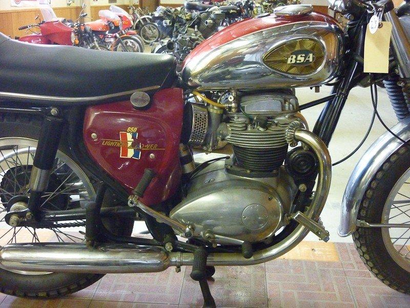 174: 1967 BSA A65 Lightning Motorcycle - 3