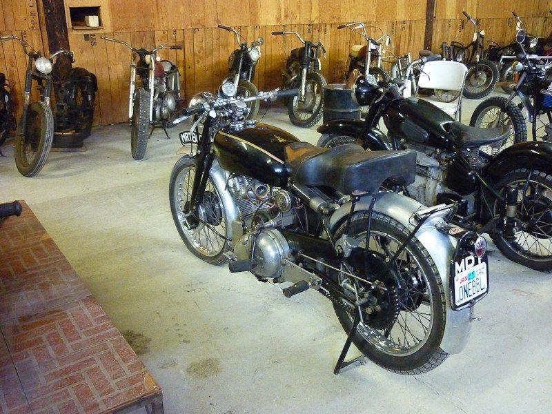 204: 1952 Vincent Comet Motorcycle - 8