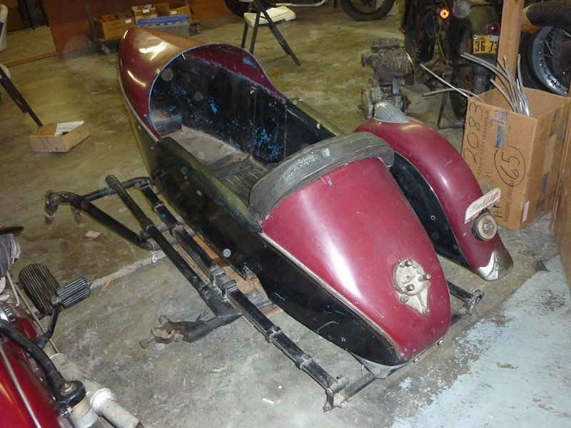 287: 1948 Indian Chief Motorcycle with Princess Sidecar - 9