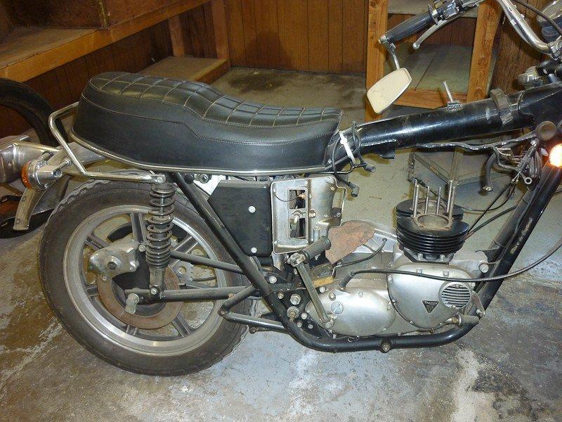 299: 1979 Triumph T140D Bonneville Special Motorcycle - 2