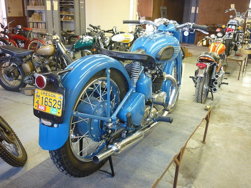 312: 1951 Triumph 6T Thunderbird Motorcycle - 7