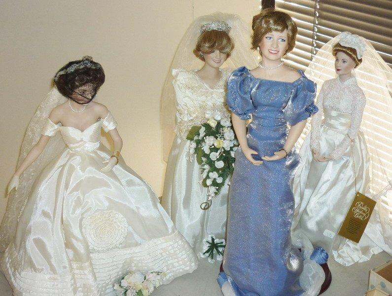 5: Franklin Heirloom Dolls