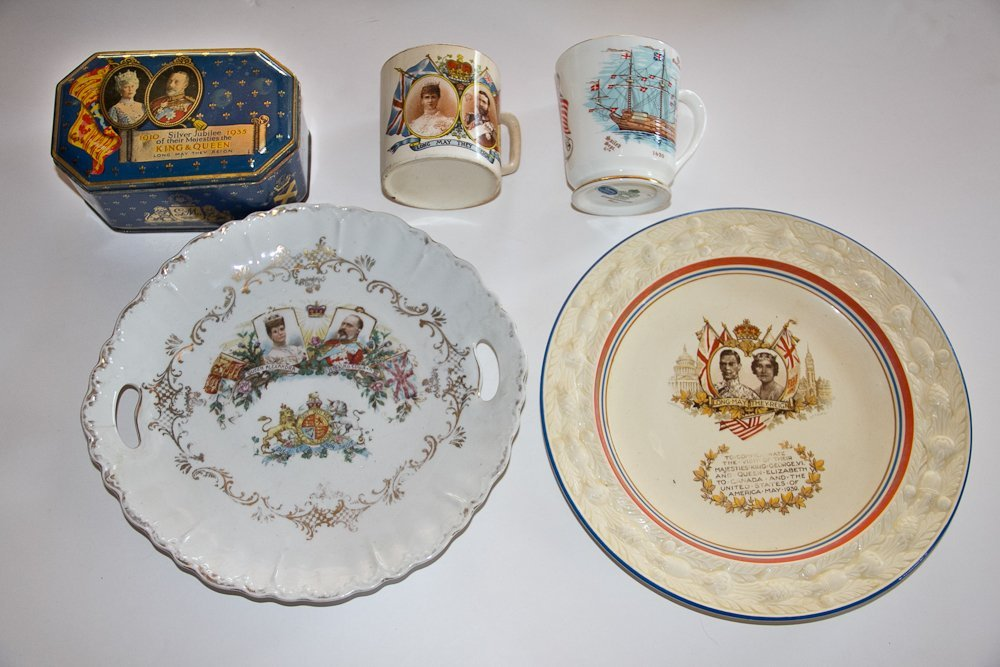 Commemorative Plates and Cups