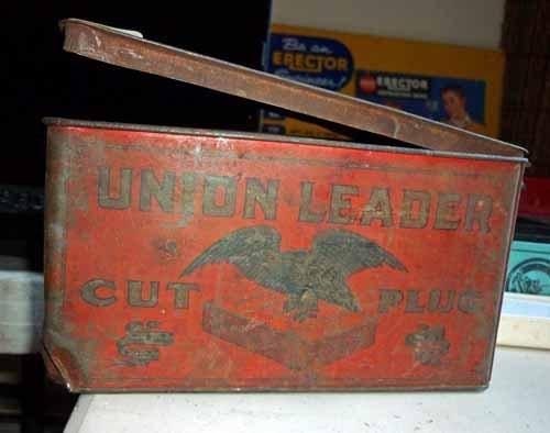 Union Leader Cut Plug Tin Box