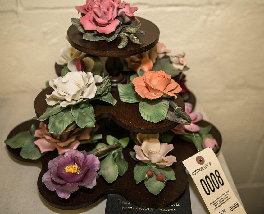 Capodimonte, Twelve Months of Roses Porcelain