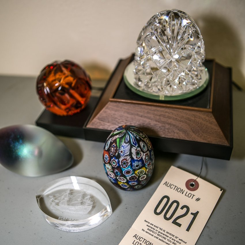 (5) Paperweights.