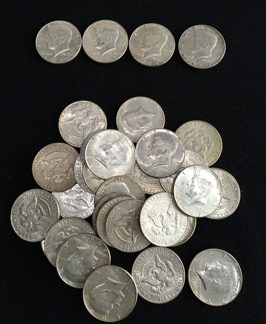 (31) 40% Silver Kennedy Half Dollar Coins