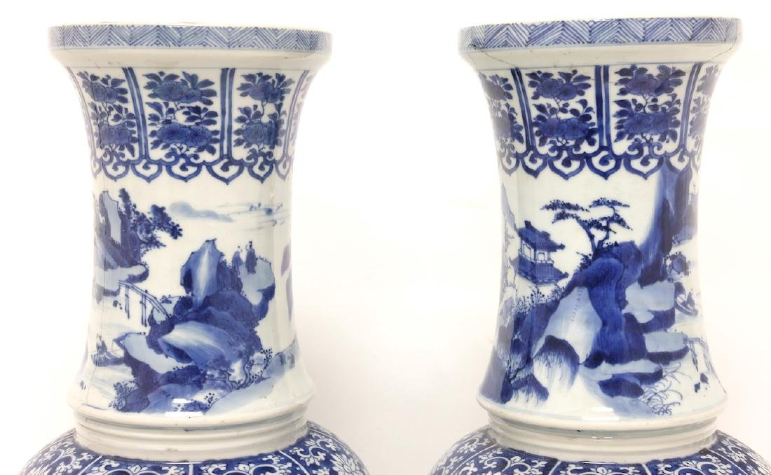 Chinese Pair of Blue-white Vases - 5