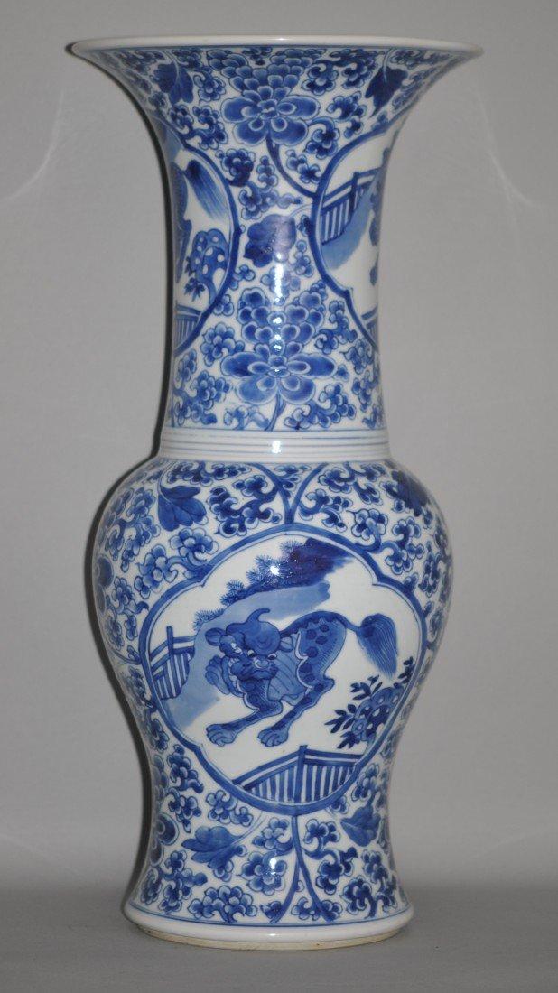 173: Chinese Kang Xi Blue-white Vase