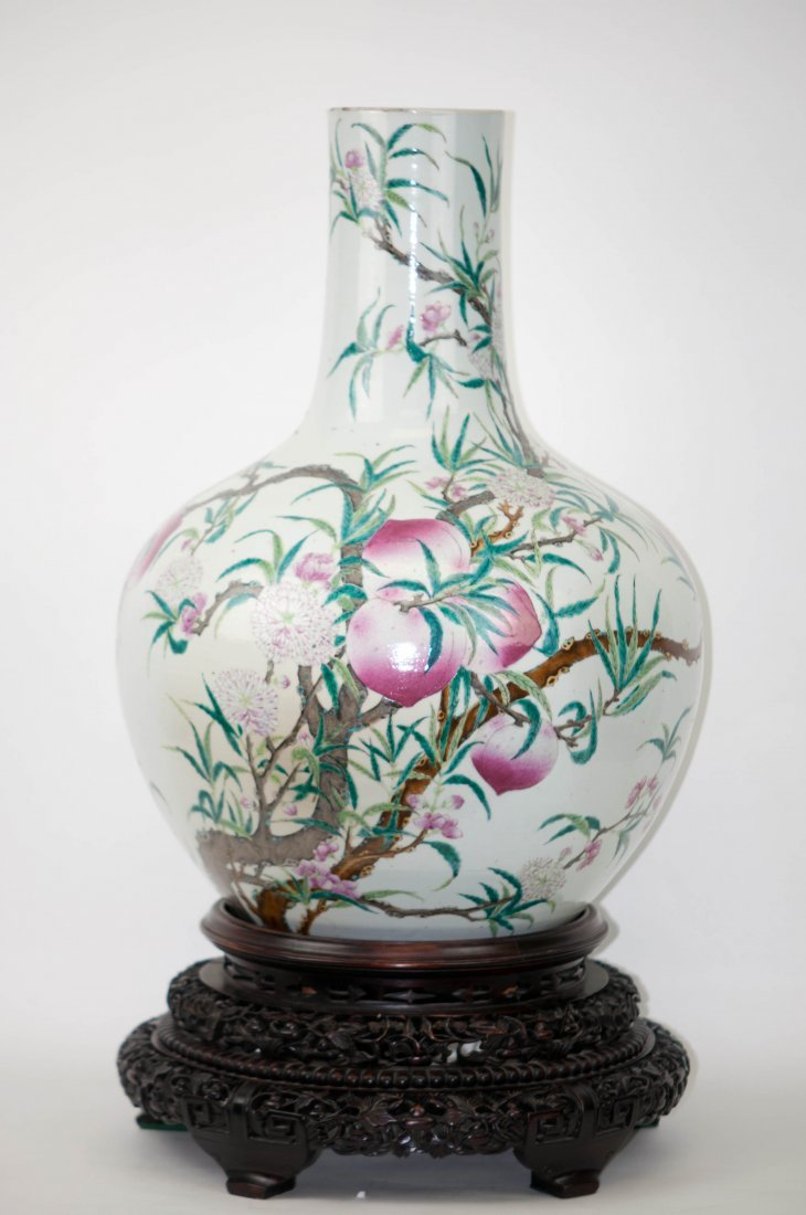 48: Chinese Large Ching Dynasty Bottle Vase in Pea