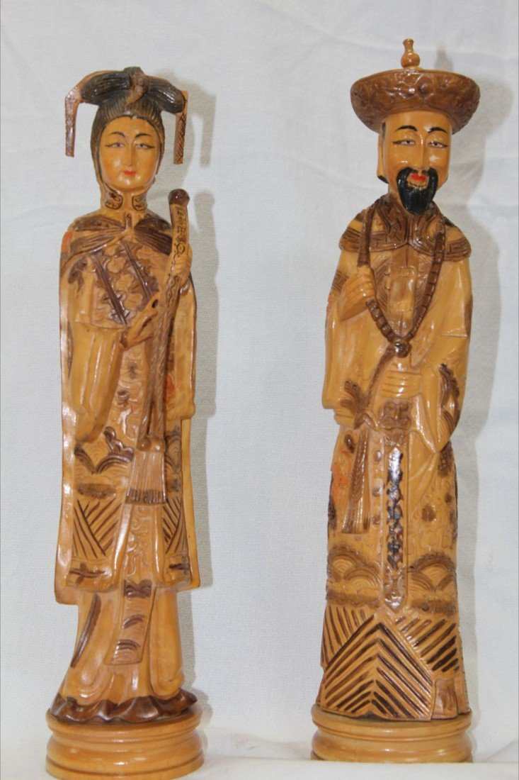 1019: VERY FINE CHINESE CARVED WOOD FIGURES , HUANG HUA