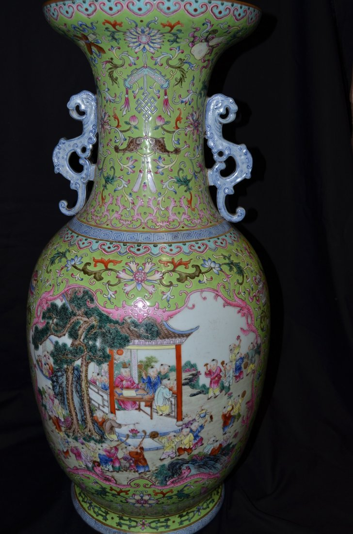 Huge Chinese baluster vase