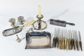GROUPING OF STERLING AND SILVERPLATE