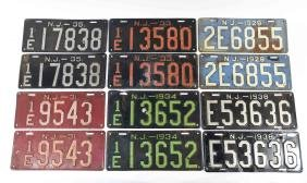 GROUPING OF ANTIQUE LICENSE PLATES