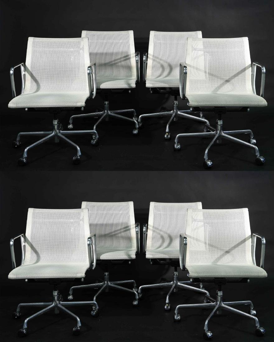 (8) EAMES ALUMINUM GROUP ARMCHAIRS W/ MESH SEATS