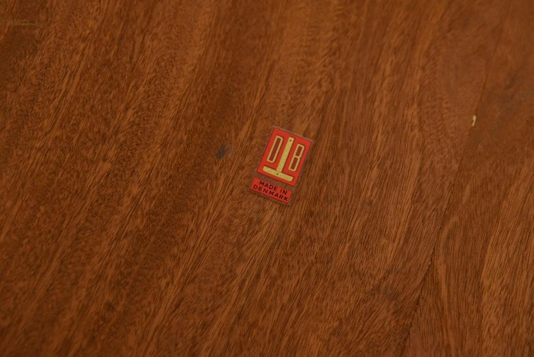 DANISH TABLE - 9