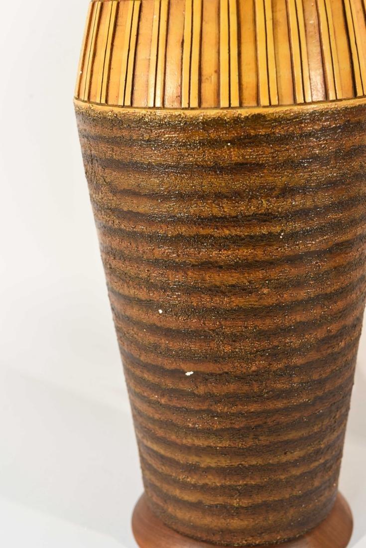 PAIR OF DANISH PLASTER TABLE LAMPS - 5