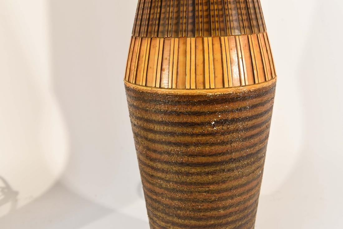 PAIR OF DANISH PLASTER TABLE LAMPS - 7