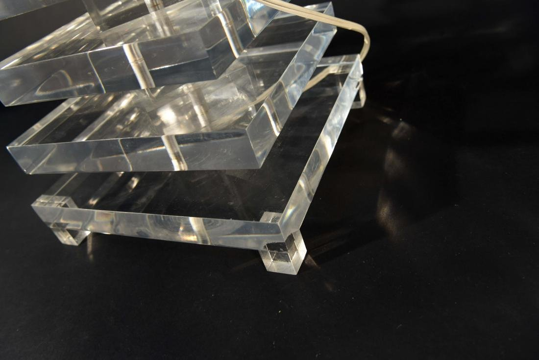 STACKED LUCITE TABLE LAMP - 9