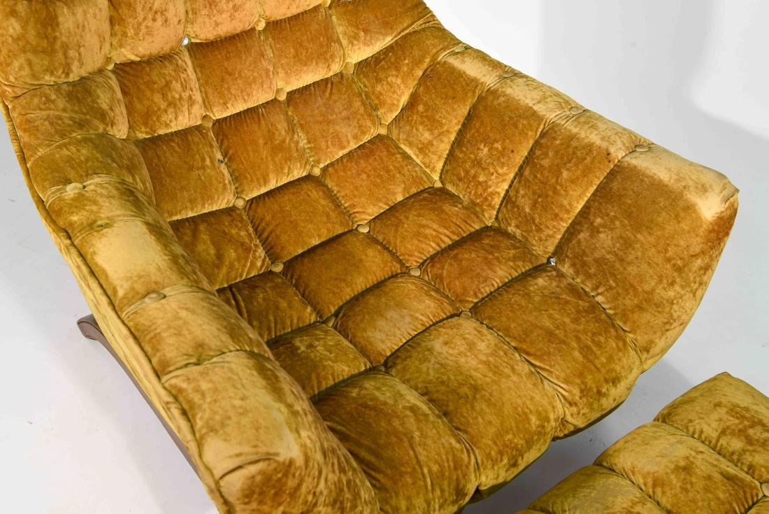 (2) HOLLYWOOD REGENCY STYLE LOUNGE CHAIRS - 3